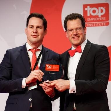 Auch dieses Jahr freuen wir uns wieder über die Auszeichnung zum Top Arbeitgeber Mittelstand 2015.