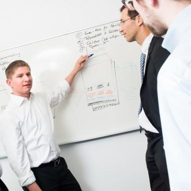 Ein durchdachtes Systems Management ist die Basis für ein effektives Service Management in der IT! Mit unseren professionellen Beratern behalten Sie jederzeit den Überblick über alle Ressourcen.