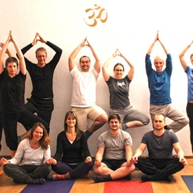 Interne Sport- und Kreativprogramme sorgen für Abwechslung: Unser Yoga-Workshop