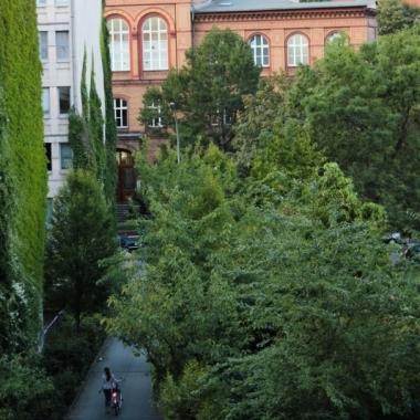 Blick auf die Ausfahrt Richtung Grunewaldstraße.