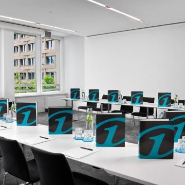 Alle Mitarbeiter erhalten jährlich 2-3 Schulungen am One Campus in München.