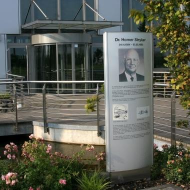 Dr. Homer Stryker Platz in Duisburg