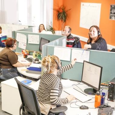 Arbeiten bei ADLER bedeutet Arbeiten im Team. Hier eines unserer Vertrieb-Teams für den Markt Frankreich.