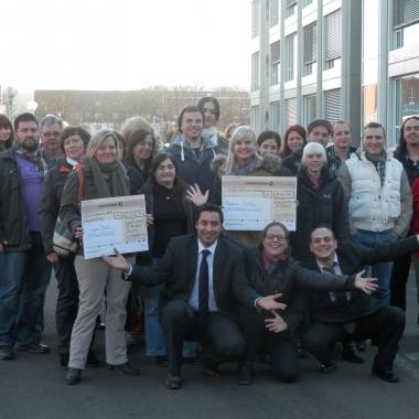 """Aktion mit Herz: ADLER-Mitarbeiter unterstützten """"Sternenregen"""" mit rund 3.000 Euro. Die Hilfsaktion """"Sternenregen"""" ist eine Initiative von RADIO SALÜ und der evangelischen sowie der ..."""