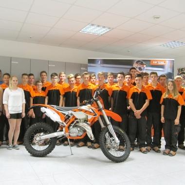 30 neue Lehrlinge starten 2015 ihre Karriere bei KTM.