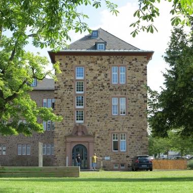 Unser Headquarter: wir sitzen im Landgrafenschloss von Butzbach!