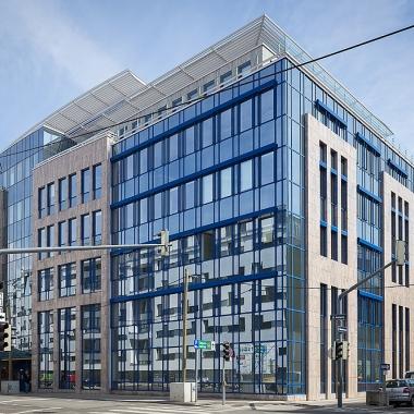 Unser Firmengebäude in Wien: Ein paar Gehminuten von U4-Heiligenstadt.