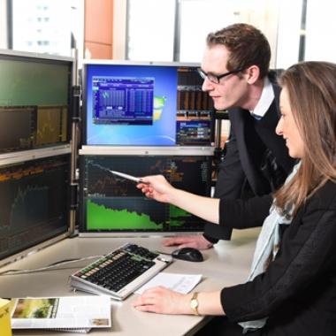 Als Bewerber mit Berufserfahrung und Expertise  finden Sie bei uns in den verschiedenen Bereichen Ihren Platz als Fachexperte.