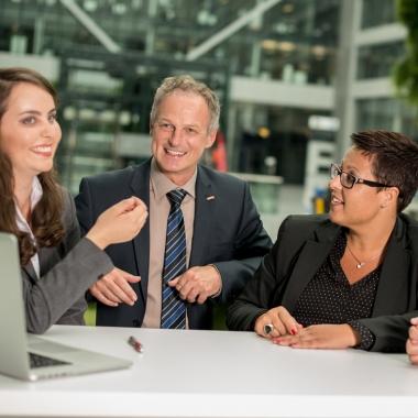 Teamarbeit und Entscheidungsfreiheit kennzeichnen die Filialteams