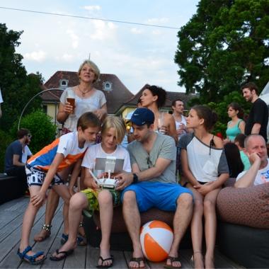 Das AOE Sommerfest für die Mitarbeiter und ihre Familien mit Drohnenflugschulung vom AOE CEO :-)