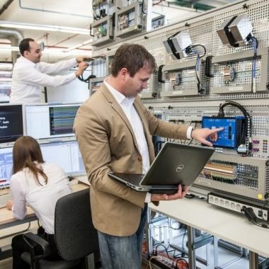 Einblicke in den Arbeitsalltag bei uns - #Testing&Systementwicklung