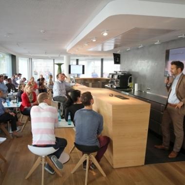 BarCamp in der EQS Lounge