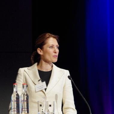 Mag. Fiona Springer sprach beim 2. Verbraucherschutzforum über Beschwerdewesen und Verbraucherinformation (Copyright: BaFin)