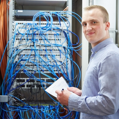 Ausbildung zum Fachinformatiker (m/w) in der zentrale oder Logistik