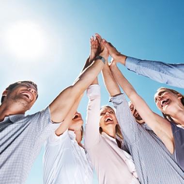 Wir sind zukunftsorientiert! Gestalten Sie mit uns schon heute die Welt der Software von morgen!