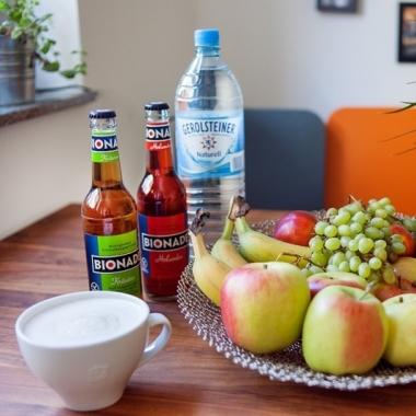 Auch für das gesundheitliche Wohl ist gesorgt. 2-mal die Woche wird frisches Obst geliefert.