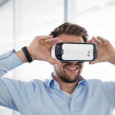 Aktuelle VR Trends werden bei uns im Büro natürlich von allen Mitarbeitern ausprobiert.