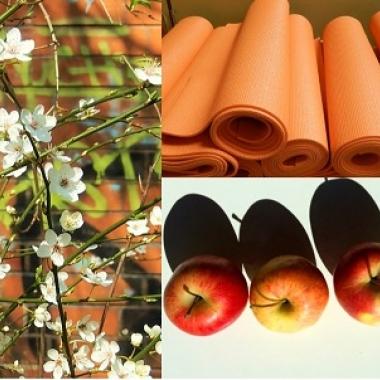 Company-Fitness! Es werden regelmäßig Yoga und Fitnesstrainings angeboten. Kostenfrei und direkt vor Ort.