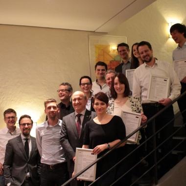 nissan center europe als arbeitgeber: gehalt, karriere, benefits