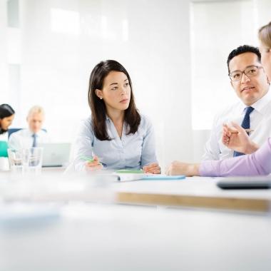 Unser internationales Arbeitsumfeld mit multikulturellen Teams ist einer der Gründe, warum Heel ein spannender Arbeitgeber ist.