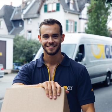 Die Arbeit bei GLS ist vielfältig – sowohl für unsere eigenen Angestellten als auch für unsere Transportpartner und deren Zustellfahrer.
