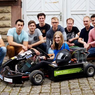 M Plan sponsert die VDE Hochschulgruppe Karlsruhe beim Bau ihres Elektro-Karts.