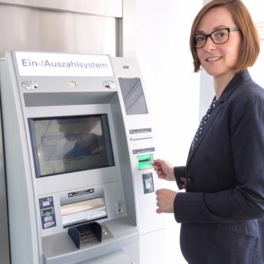 vr bank Untertaunus eG als Arbeitgeber: Gehalt, Karriere, Benefits ...