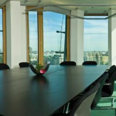Unser Konferenzraum mit Blick über Berlin
