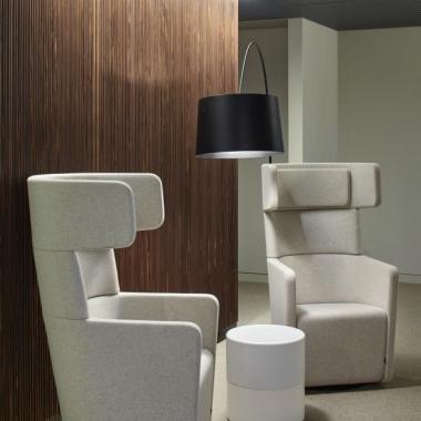 Nehmen Sie Platz an unserem Empfang im Frankfurter Büro