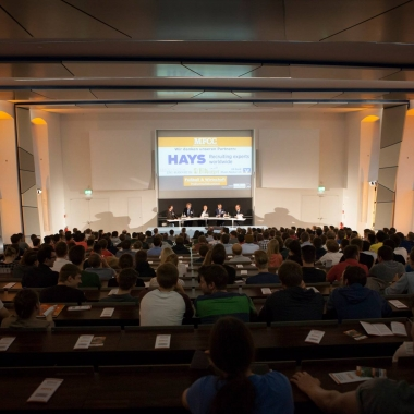 Fußball & Wirtschaft an der Universität Mannheim