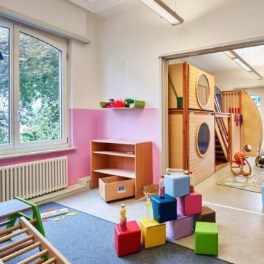 Eine von mehreren Kindertagesstätten, in denen unsere Mitarbeitenden ihre Kinder betreuen lassen können.