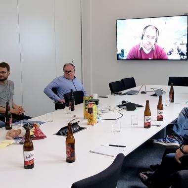 Agiler Stammtisch bei OSP in Dresden – Lebhafte Diskussionen in lockerer Runde