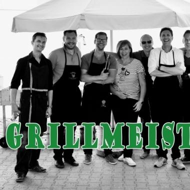VOLKE Sommerfest - Abteilungsleiter grillen für Mitarbeiter