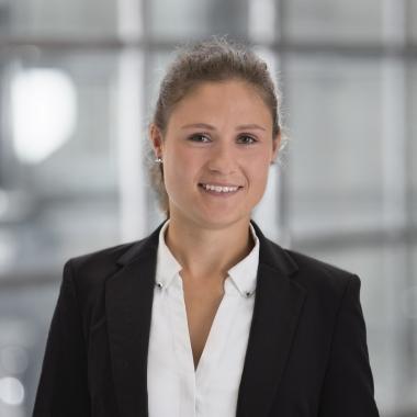 Carolin Kolk - Division Manager Office & Management