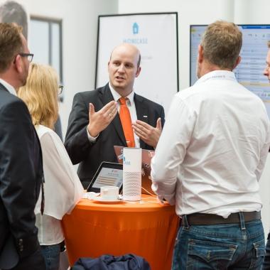 Auf Veranstaltungen findet der Austausch mit den Kunden und Interessenten statt
