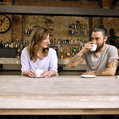Ob für Mitarbeiter oder Kunden, zum Verkauf oder im Meeting-Raum:  Kaffee Partner bringt besten Kaffeegenuss ins Unternehmen.
