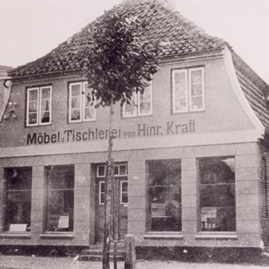Historisches Bild Möbel Tischlerei Hinrich Kraft