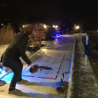 Das Gewinnerteam der ec4u Challenge 2018 beim Teamessen und anschließendem Eisstockschießen