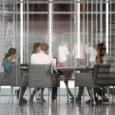 Teamwork: Zusammen arbeiten wir integriert, digital, analog, national und international