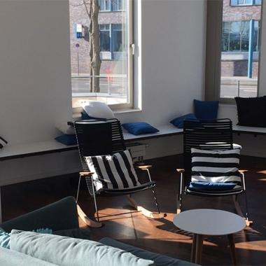 Unsere gemütliche Lounge steht allen Mitarbeitern zur Verfügung.