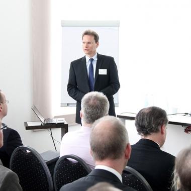 Wir bieten regelmäßige Fachtagungen für unsere Kunden an.