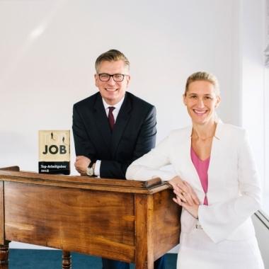 Christoph Bülk, Geschäftsführender Gesellschafter, und Dr. Anja Funk-Münchmeyer, Mitglied der Geschäftsleitung