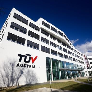 TÜV AUSTRIA Campus am TÜV AUSTRIA-Platz 1 in Brunn am Gebirge
