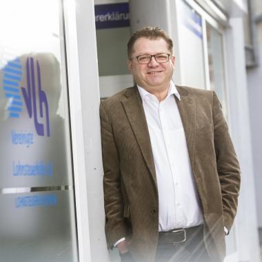 """""""Die VLH bietet ein Rundum-Paket zum Wohlfühlen."""" VLH-Berater Markus Schaible (https://www.vlh.de/karriere/markus-schaible.html)"""