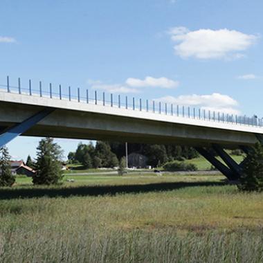 Talbrücke Enzenstetten der A7 - Ausgeführte Leistungen: Entwurfsplanung, bautechnische Prüfung