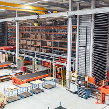 Wir entwickeln Gesamtlösungen für den optimalen Materialfluss Ihrer metallverarbeitenden Produktion