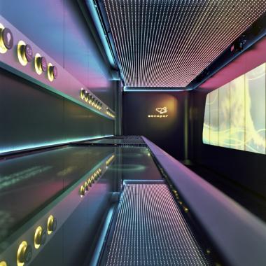 Eine Ladung voller Technik: MIKS konzipiert und realisiert Sonepars Roadshow. Eine mobile Produktpräsentation, verbaut im Inneren eines 13m langen Trucks, macht sichtbar, was sonst verborgen bleibt.