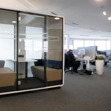 Meeting-Box im Wiener Büro