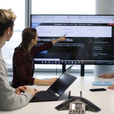 Kabellose Verbindungsmöglichkeit in jedem Meetingraum