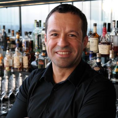 Alberto - Liquid Captain in Das LOFT Bar & Lounge